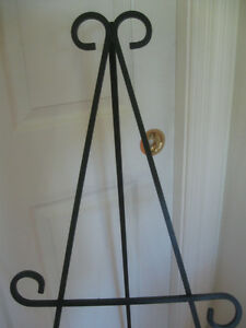 PORTABLE VINTAGE WROUGHT-IRON ART DISPLAY EASEL