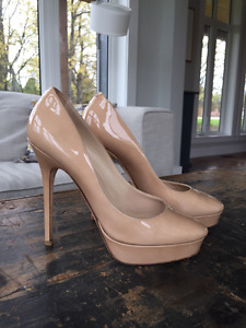 Authentic Jimmy Choo Nude Patent Leather Heels size 36.5 (6-6.5)