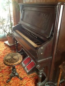 Antique pump organ St. John's Newfoundland image 1