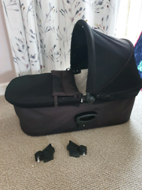 Baby jogger dulux pram carrycot and adapters
