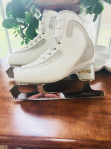 Edea Ice Fly figure skates and Pattern 99 blade