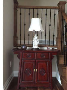 Oriental cabinet and table lamp