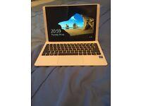 White HP laptop/tablet