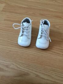 Pretty originals crib shoes