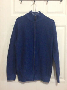 **LIKE NEW** Men's, Blue, Denver Hayes Sweater for Sale (size M)