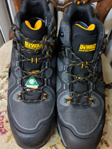 Men's Dewalt Steel Toe Work Boots~New with Tags Size 12~
