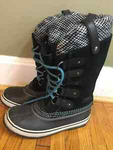 New! Sorel Joan of the Artic boots