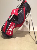 ****Offers****Brand New-----TITLEIST Stand Carry Bag