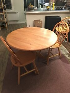 Used round table