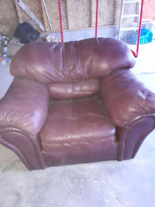FREE LEATHER CHAIR