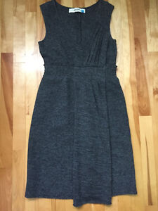 Robe 100 % laine/Chandails BCBG