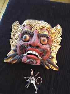 Groovy tribal wooden mask 20$