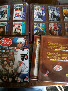 3 Post hockey card albums