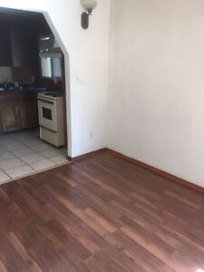 5bedroom house for rent