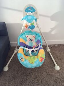 *REDUCED* Fisher Price Cradle n' Swing