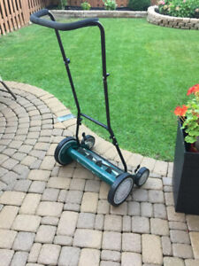 "Yardworks Push Mower 18"""