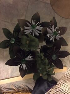 Camouflage paper flowers