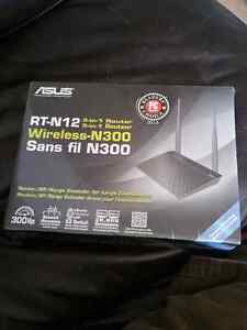 ASUS RTN12 wireless router new unopened