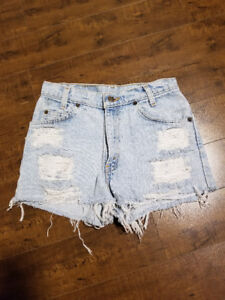 Levi's Washed Jean Ripped Shorts - Size 26 (small)