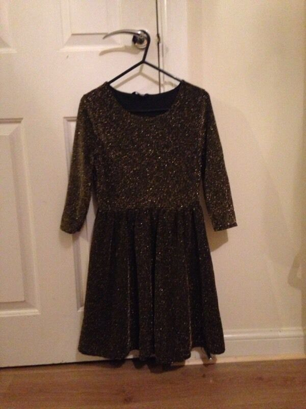 Girls dress £1