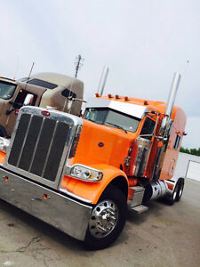 2017 Peterbilt Omaha Orange