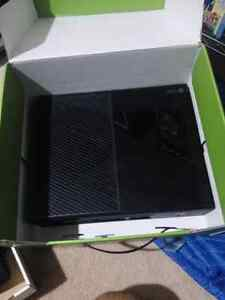 Xbox one with 3 games excellent condition
