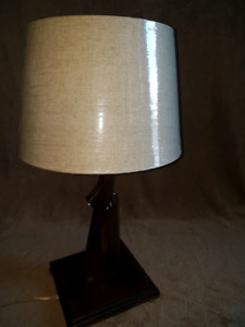 Gun stock table lamp