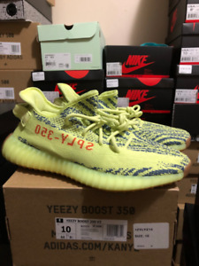 ce1e662d670b0 Adidas Yeezy Boost 350 V2 Frozen Yellow Size 10