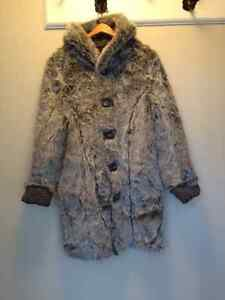 Reversible fake fur coat Gatineau Ottawa / Gatineau Area image 1