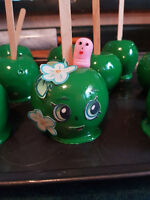 Custom Candy Apples.... Shopkins Apple Blossom Candy Apples