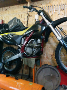 2006 Suzuki rmz 250 whole bike for parts