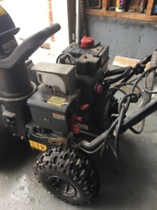 Yard Machines 5.5hp 22 inch snowblower in great shape!