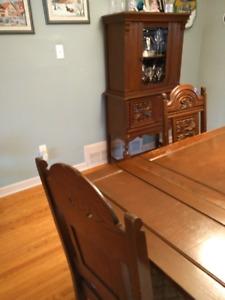 Antique solid oak Jacobean complete dining room set (7 pieces)