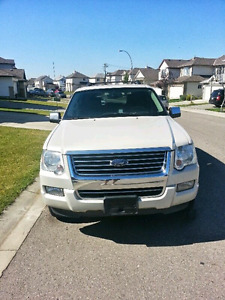 2006 Ford Explorer Limited 4x4 , Fully loaded