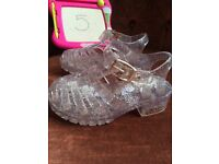 Toddler girls shoes size 5 and 6 only £3 a pair