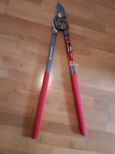 Corona SL 8180 DualLink Forged Bypass Lopper /Pruner
