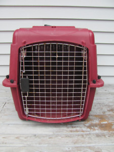 Animal crate 25 inches long x 20 h x 18 inches wide $22
