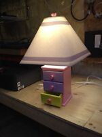 Children's table lamp for bedroom