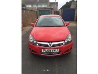 Vauxhall Astra 1.4 16v SXI 5dr red car - 2010
