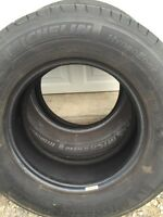 Michelin set of 215/70R15