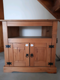 Corona Mexican Pine TV Corner Unit and 3 nest of tables