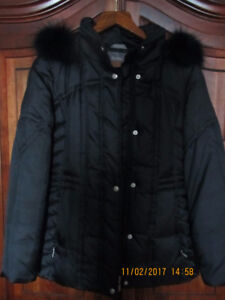 Utex Black Down Filled Coat - Fox Fur Trim - Small Petite