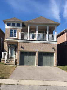 Bedroom, Living and Dining Room - Shared Home Brampton