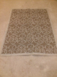 Outdoor Rug--used couple of times. (5ft x 6.5ft)