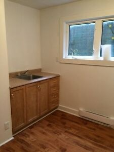 2 Bedroom Apartment - Located off Empire Avenue