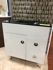 "32"" Modern style vanity whole set $339 only!!"