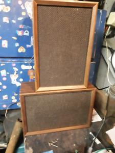 Vintage Lloyd's home speakers