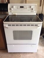 Whirlpool Gold electric Convection stove