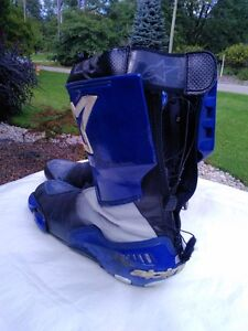 ALPINE STARS MOTORCYCLE RACE/RIDING BOOTS WITH INNER BOOT 45 Windsor Region Ontario image 7