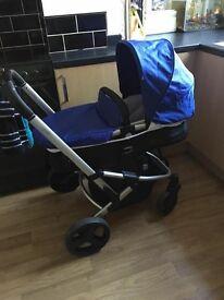 Mothercare Expedior Pram Travel System (includes car seat)